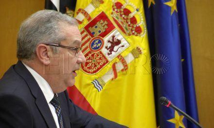 Hachuel niega que haya déficit en los Bomberos y el PSOEdice que miente