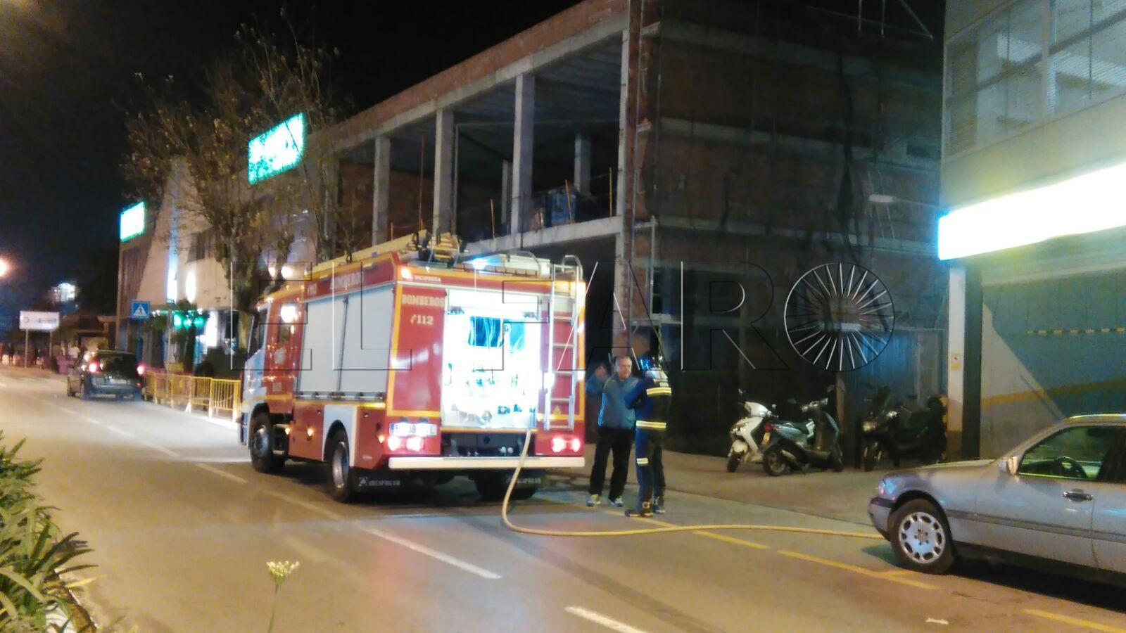 Cuatro vehículos quemados, uno de ellos de un guardia civil