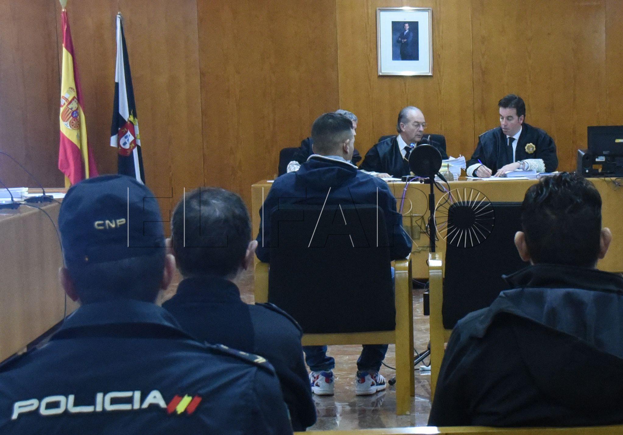 La Audiencia absuelve a los dos acusados de un tiroteo frente a una cafetería en Hadú