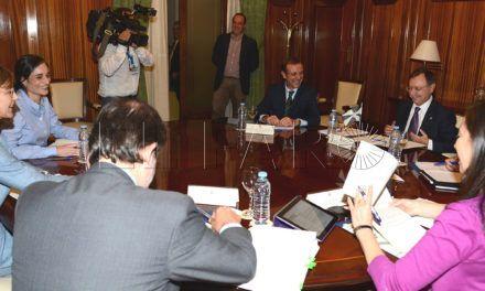 Playas y ETAP, base de la reunión con la ministra de Medio Ambiente