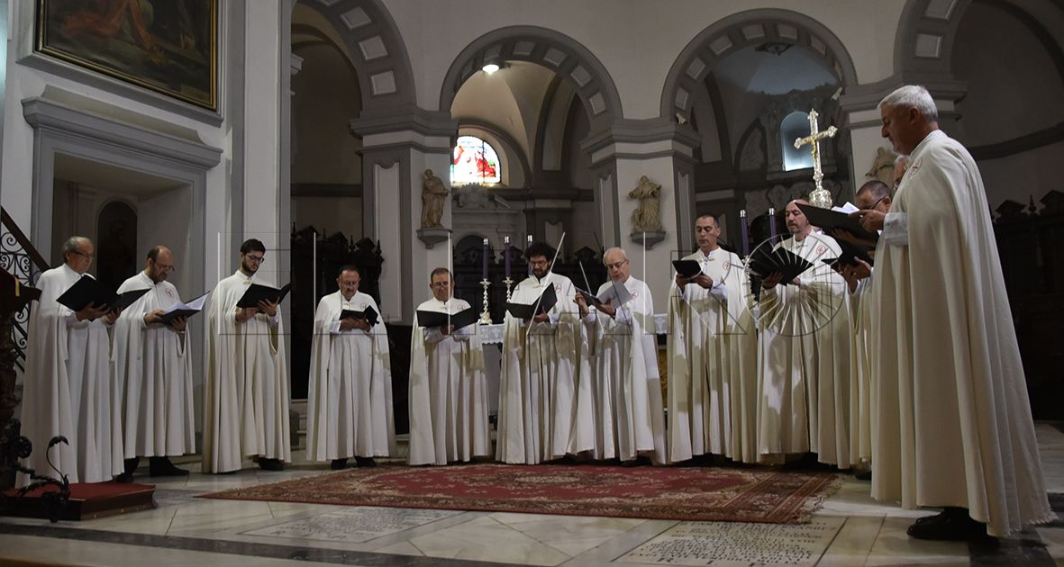 La Catedral se llena de cantos religiosos en honor a Cisneros