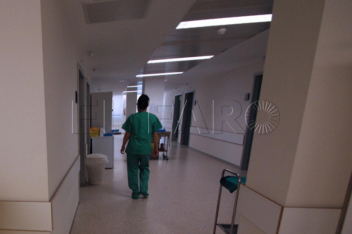 Tres vigilantes de seguridad heridos tras una nueva agresión en Psiquiatría