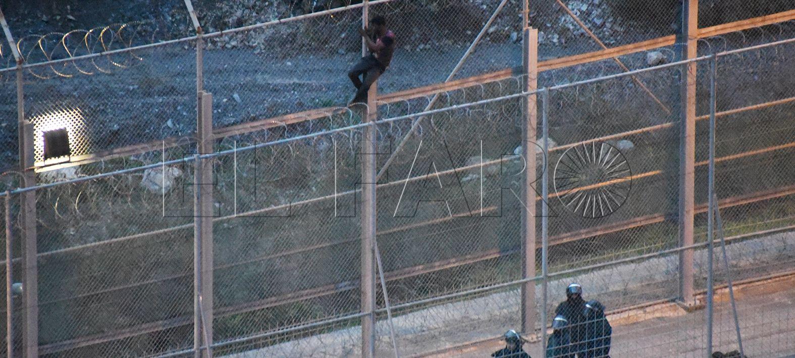 Diez migrantes, condenados en Tetuán a 2 meses de cárcel por intentar entrar en Ceuta