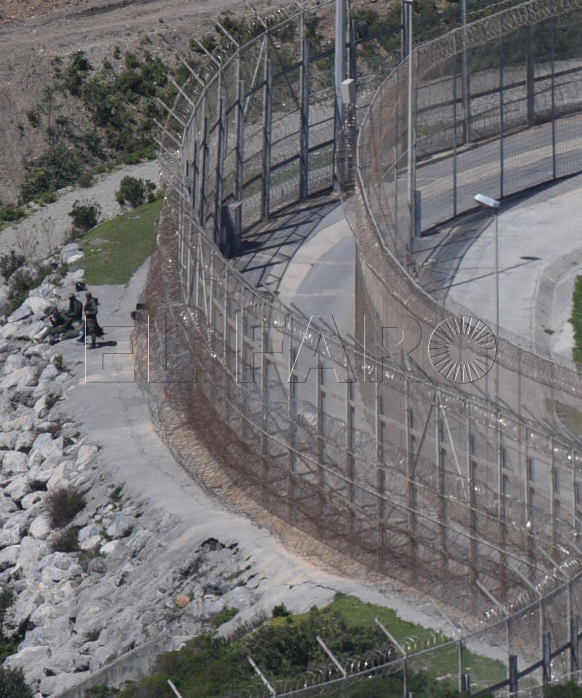 Marruecos peina los montes y frena tres acercamientos a la valla