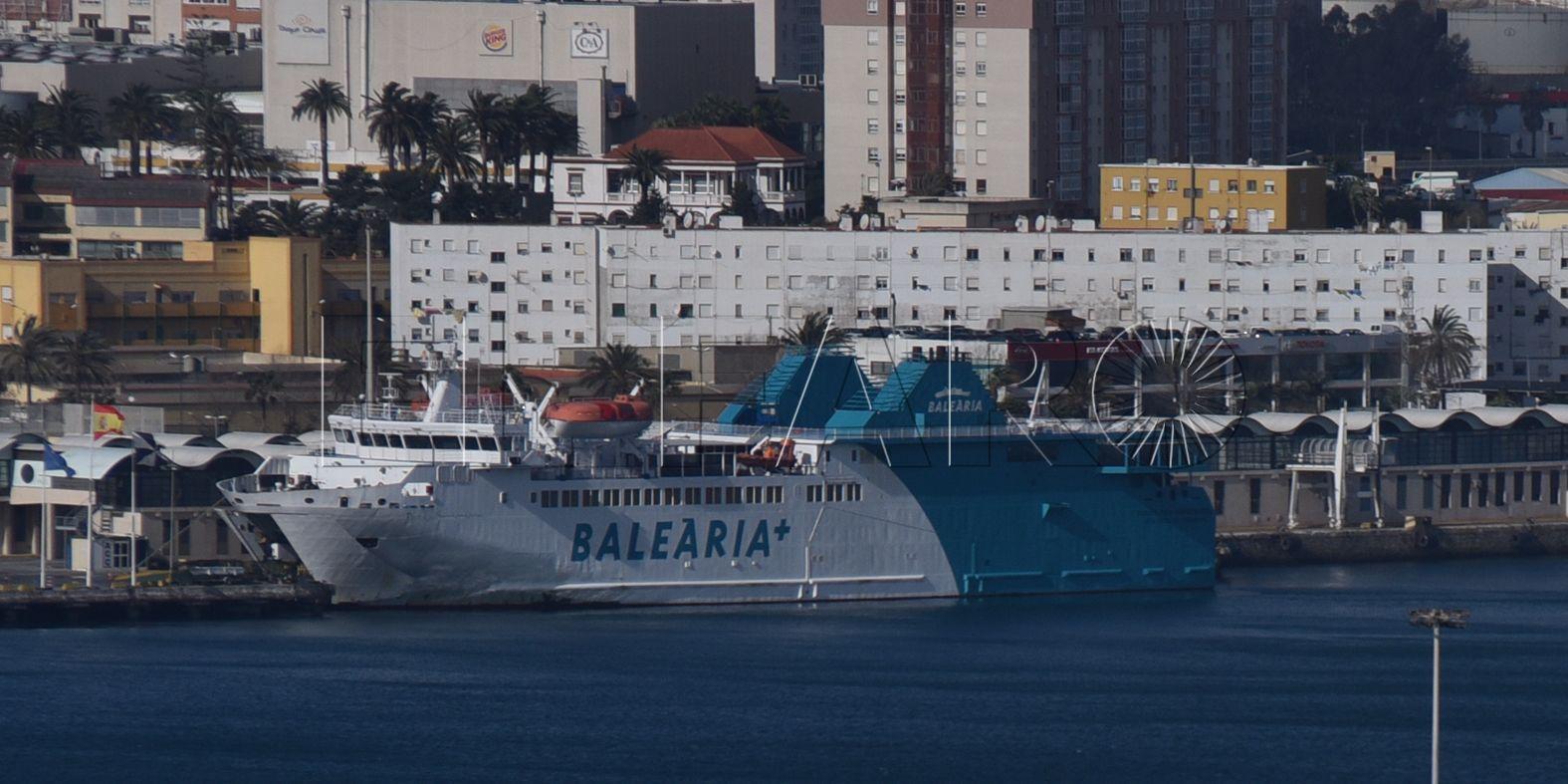 Los pasajeros de Baleària deberán embarcar por las bodegas en algunas salidas durante 11 días