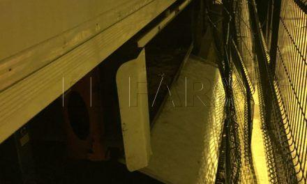 La Policía Portuaria salva la vida a cuatro menores atrapados en una batea