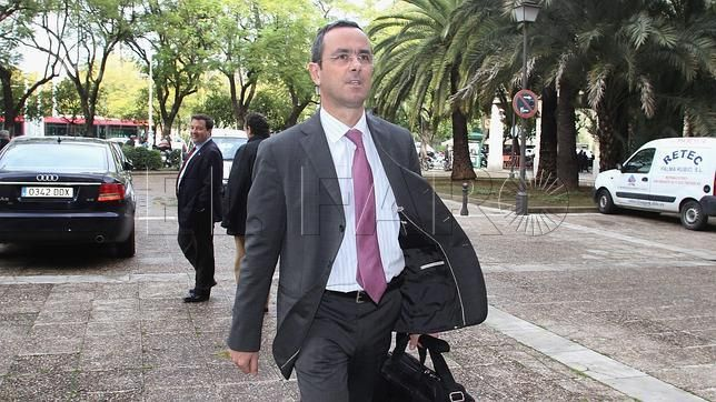"""""""Confío en que Antonio esté pronto libre"""""""