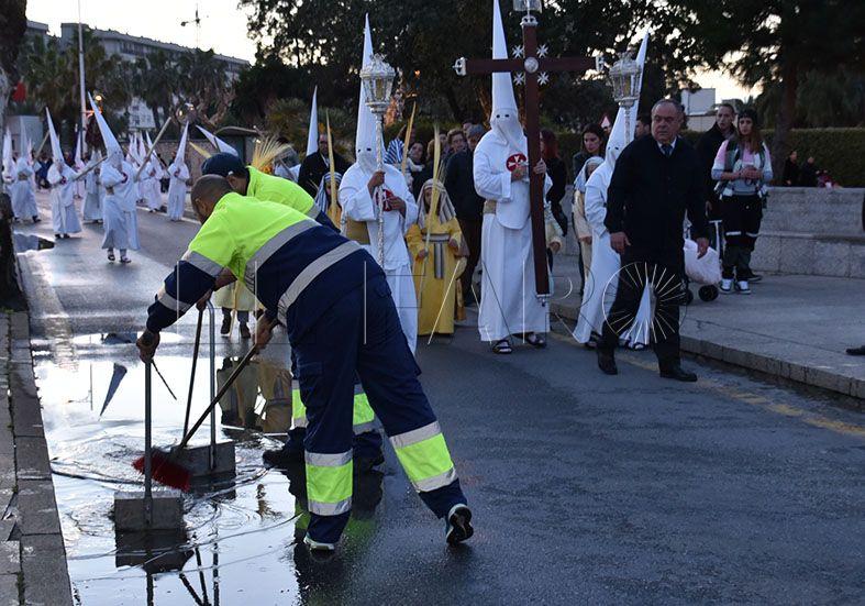 Trabajadores del sector de la limpieza viaria y empresas acercan posturas antes de la huelga