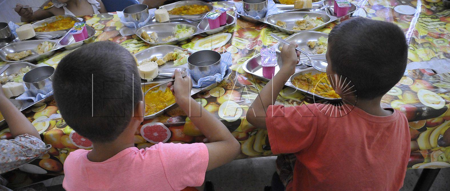 Educación estudiará abrir los comedores tanto en Navidad como Semana Santa