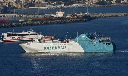 Baleària realiza dos servicios extraordinarios con motivo de la Feria de Ceuta