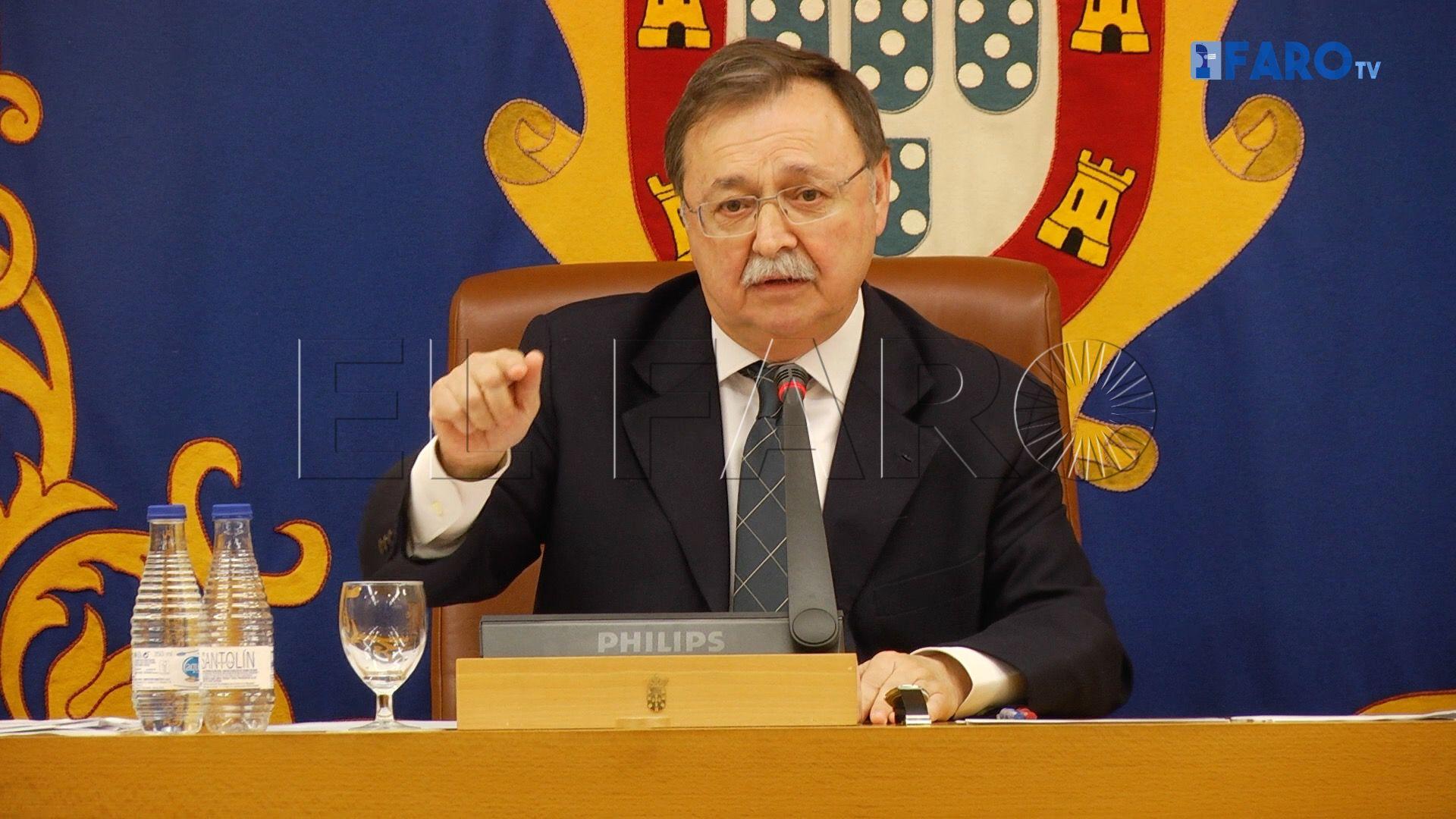 Vivas no va a cesar a los dos consejeros que no son diputados de la Asamblea