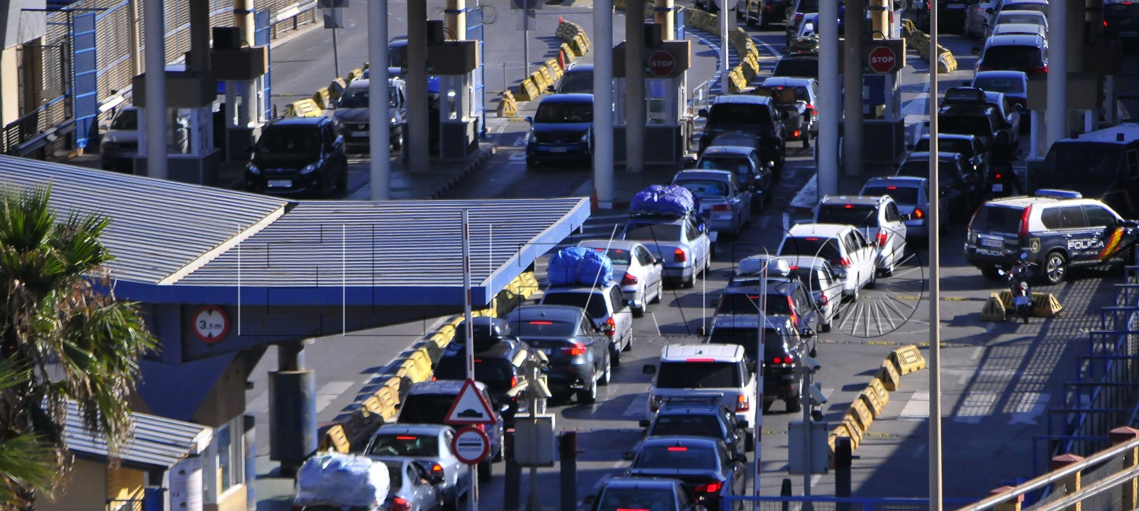 La 'carta verde' y la titularidad del vehículo, requisitos para entrar en Ceuta a partir del día 24