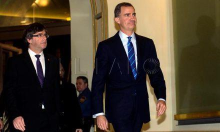 """Puigdemont, sobre la información del Rey Juan Carlos I, dice que es """"inteligente"""" plantear propuestas """"para resolver conflictos"""""""