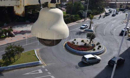 La Delegación quiere camuflar las cámaras de vigilancia como de tráfico