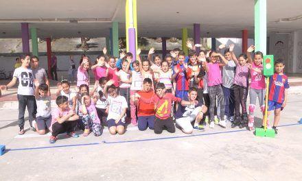 El colegio Juan Carlos I se mueve con la 'serpiente'