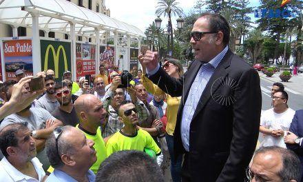 Los comerciantes exigen a Catalá soluciones inmediatas