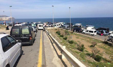 Colapsos y retenciones de vehículos en la frontera