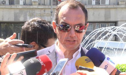 Hernández respalda la movilización del sector empresarial en protesta por las consecuencias de la situación del Tarajal