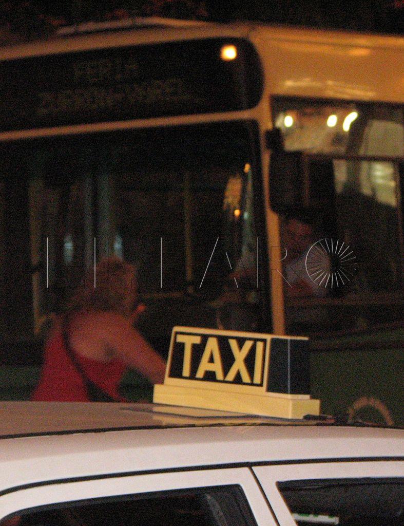 Sin unidad política en la subida del precio del bus y del taxi, ante el rechazo del PSOE