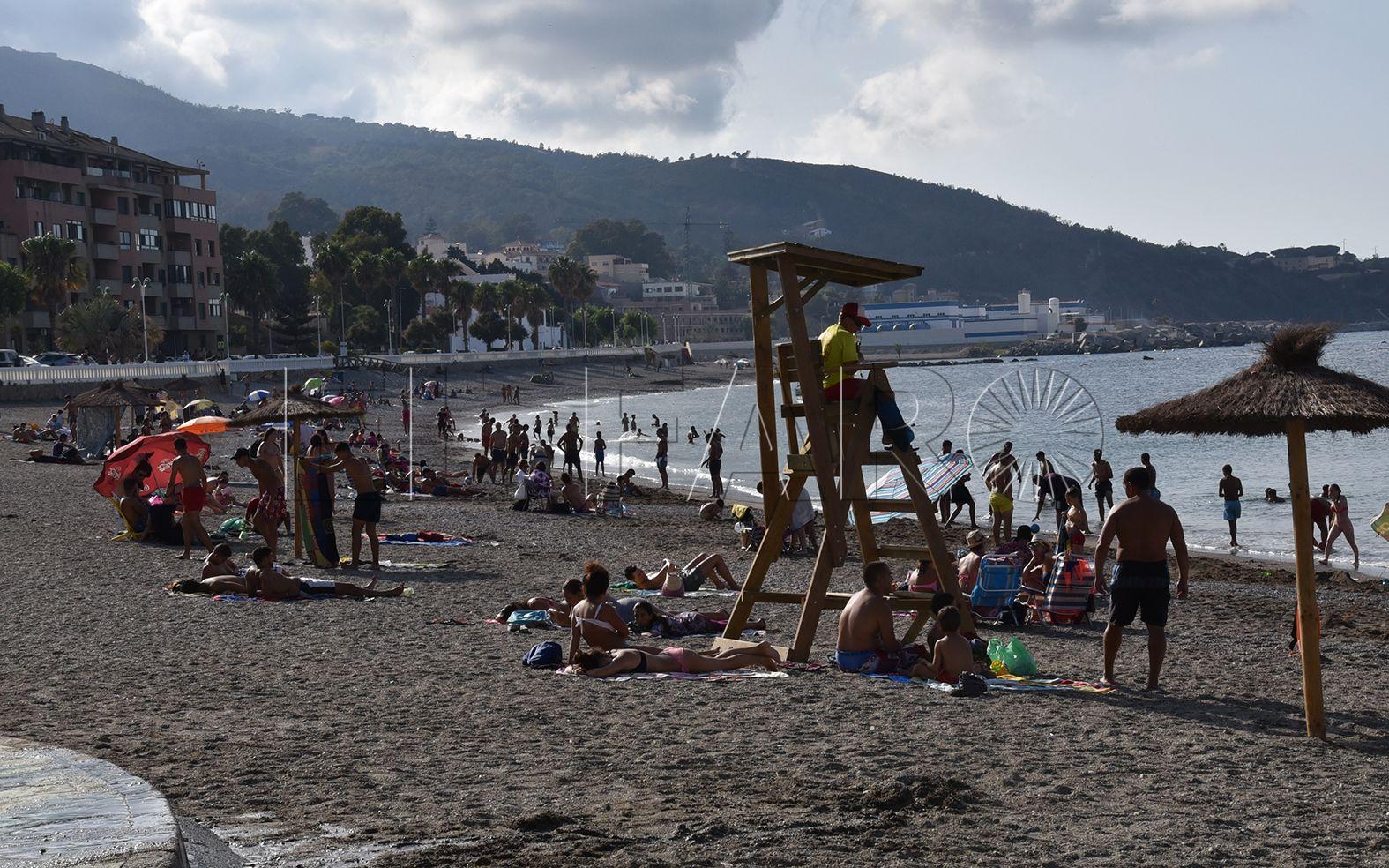 La Ciudad asegura que las playas estarán equipadas completamente en siete días