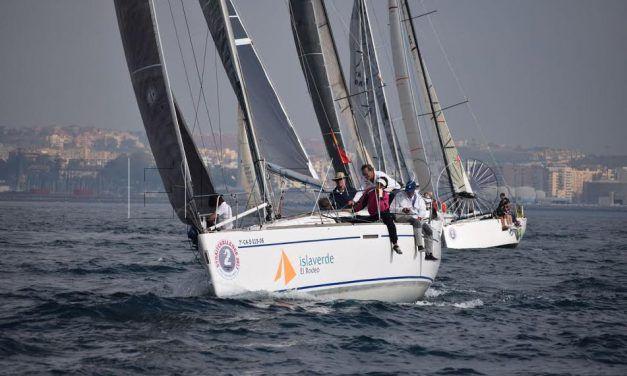'Altarik IV', de Jose Luis Pérez, líder provisional de la 'IV Strait Challenge'