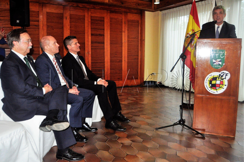 Villar, Vivas y Urbano, premiados en la Gala de la FFCE de este lunes