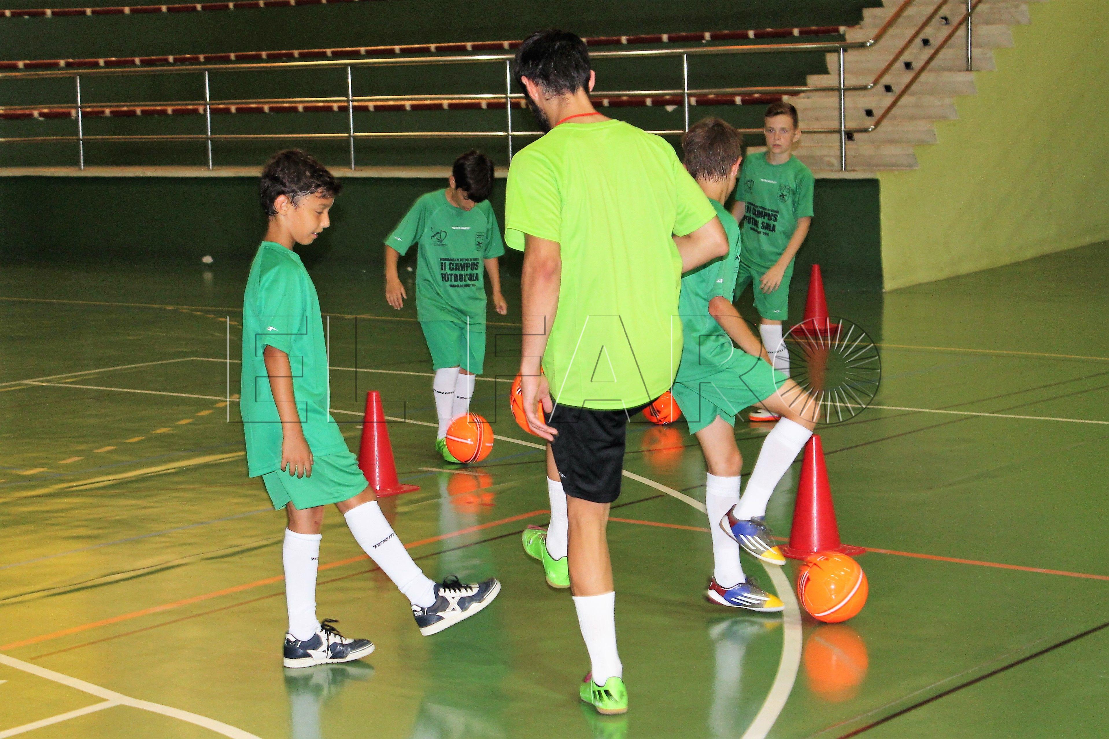 La campaña de verano de la FFCE comienza con fútbol sala