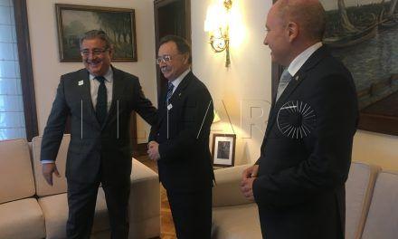 El ministro ofrece más agentes durante los meses de la OPE 2017