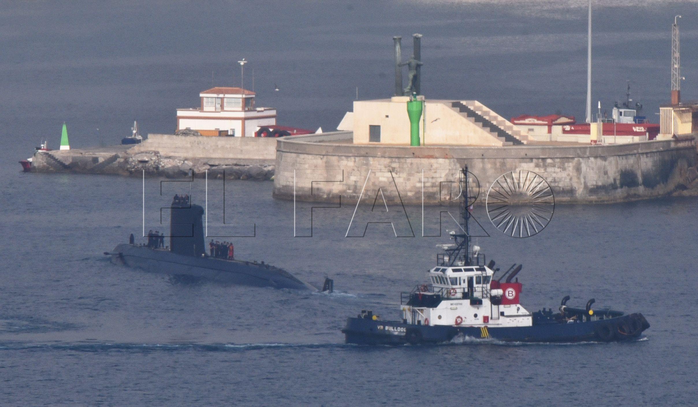 El submarino 'Galerna' hace escala en el puerto de Ceuta