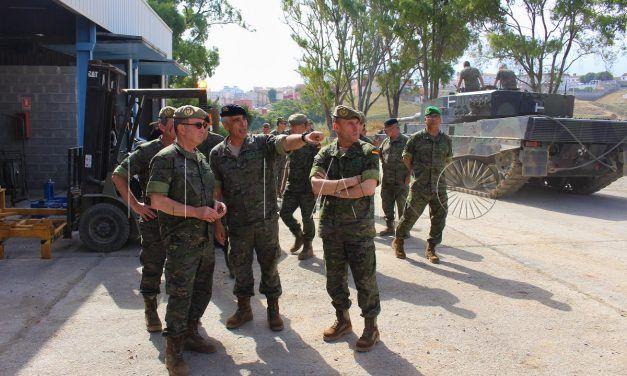 El jefe de la Fuerza Terreste inspecciona las unidades de Ceuta