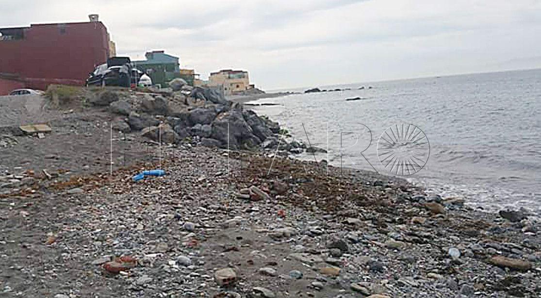 Benzú clama para que la Ciudad acondicione sus playas y calas