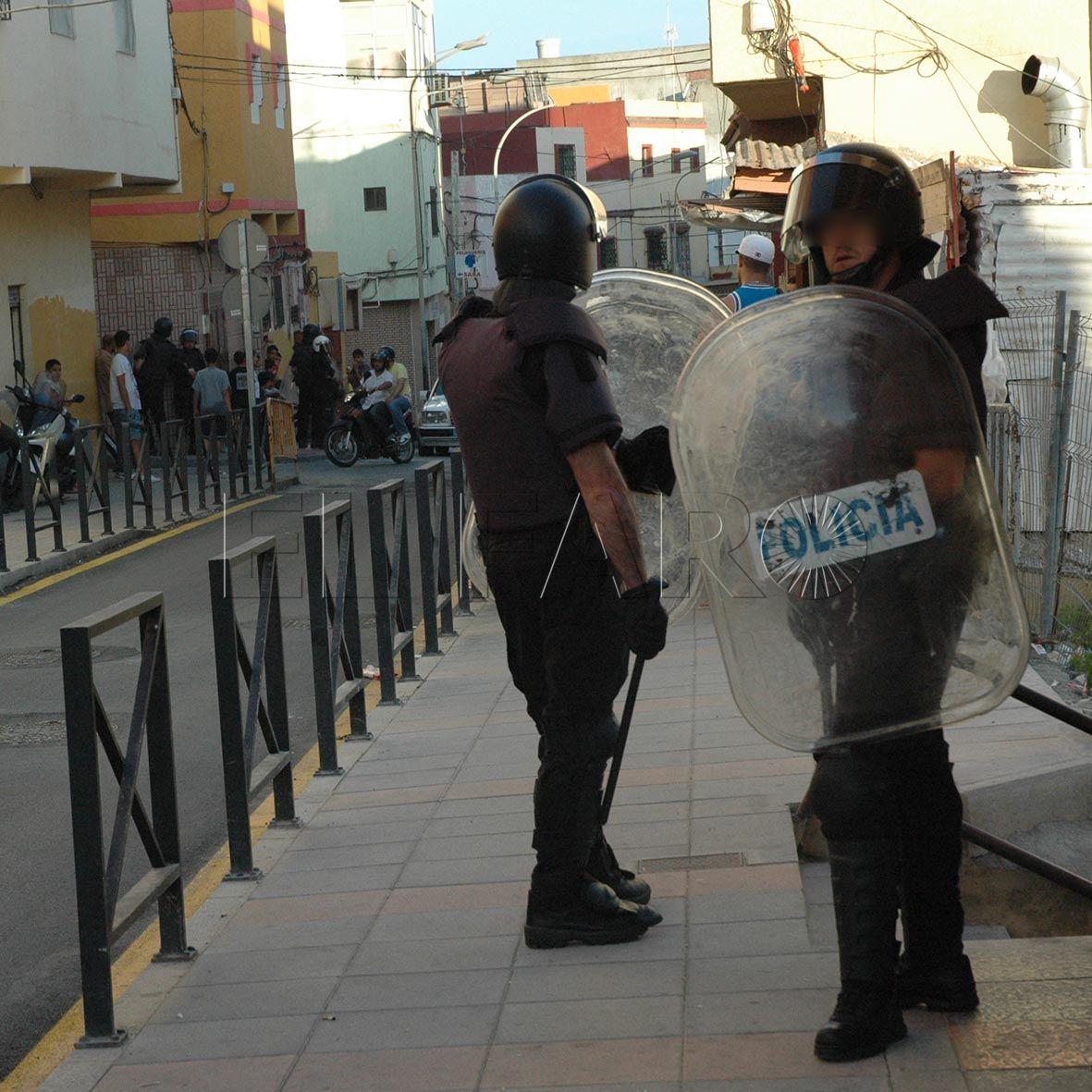 Condenado por un atentado tras una algarada con la Policía