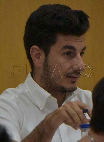 Néstor León puede ser el nuevo portavoz del grupo parlamentario del PP