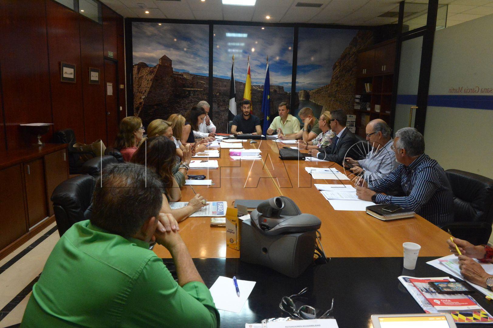 M s control al uso irregular de tarjetas de aparcamiento for Educacion exterior marruecos