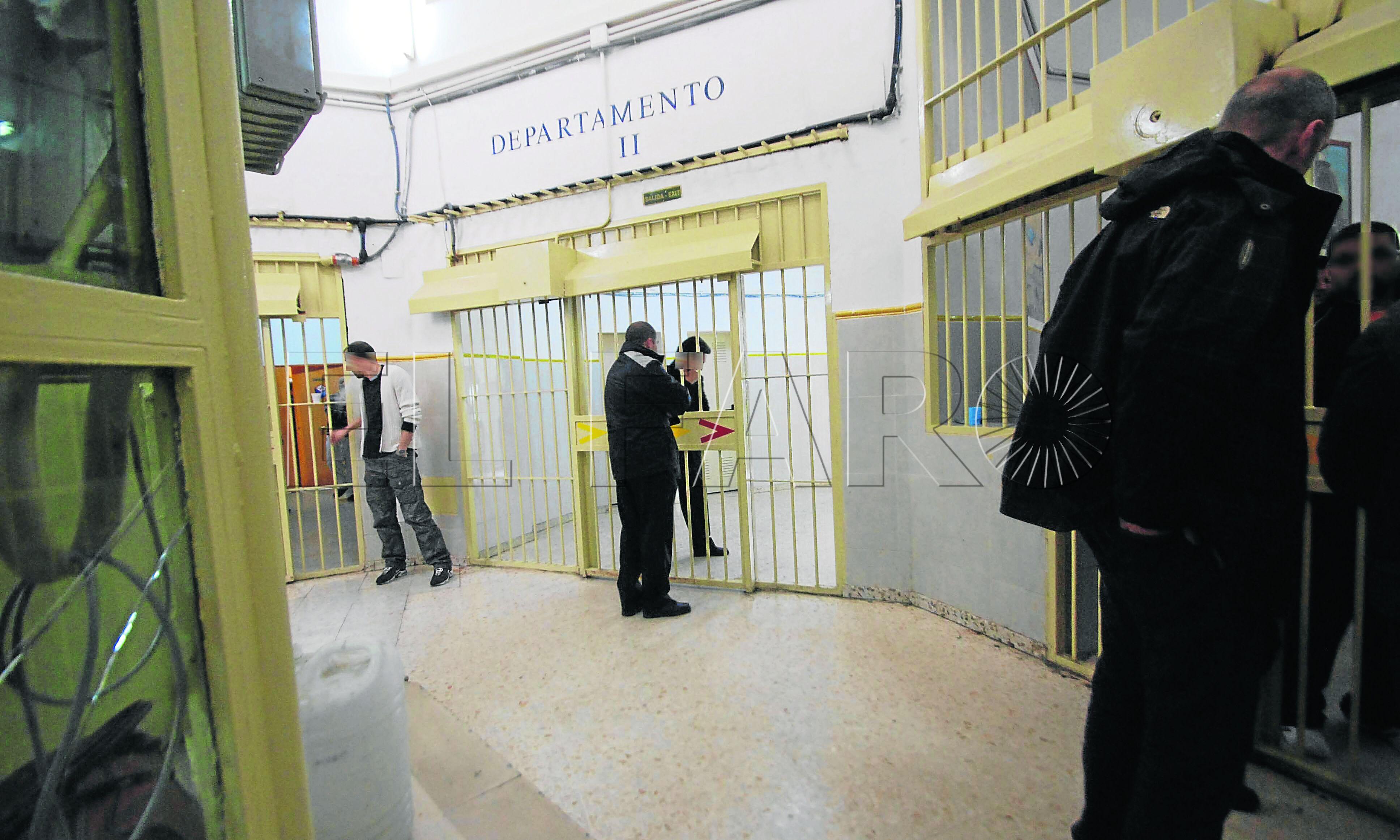 """Un preso de Los Rosales clama por su inocencia: """"Nunca he hecho daño a nadie"""""""