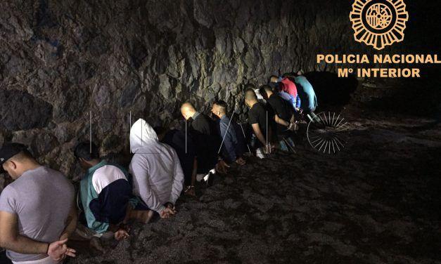 La  Policía Nacional detiene a tres personas por trata de seres humanos