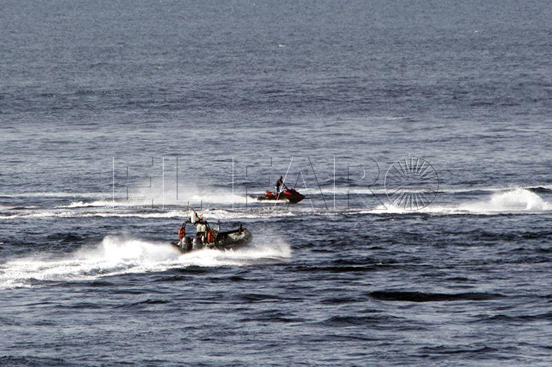 Cinco detenidos por llevar a inmigrantes en motos de agua hasta la Península