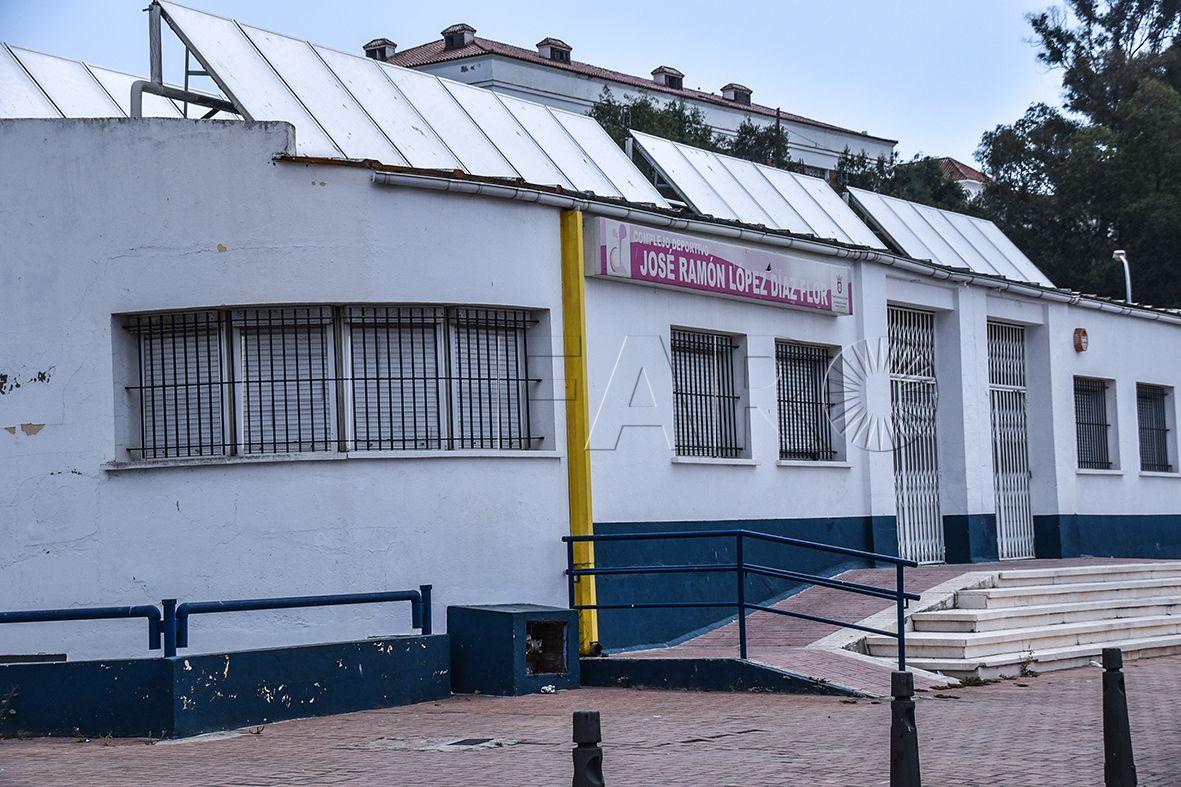 Los graves daños en la estructura del 'Díaz Flor' fuerzan su derribo
