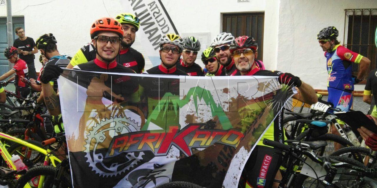 El Club Deportivo Afrikanos participó  en el Maratón de la Vendimia en Manilva