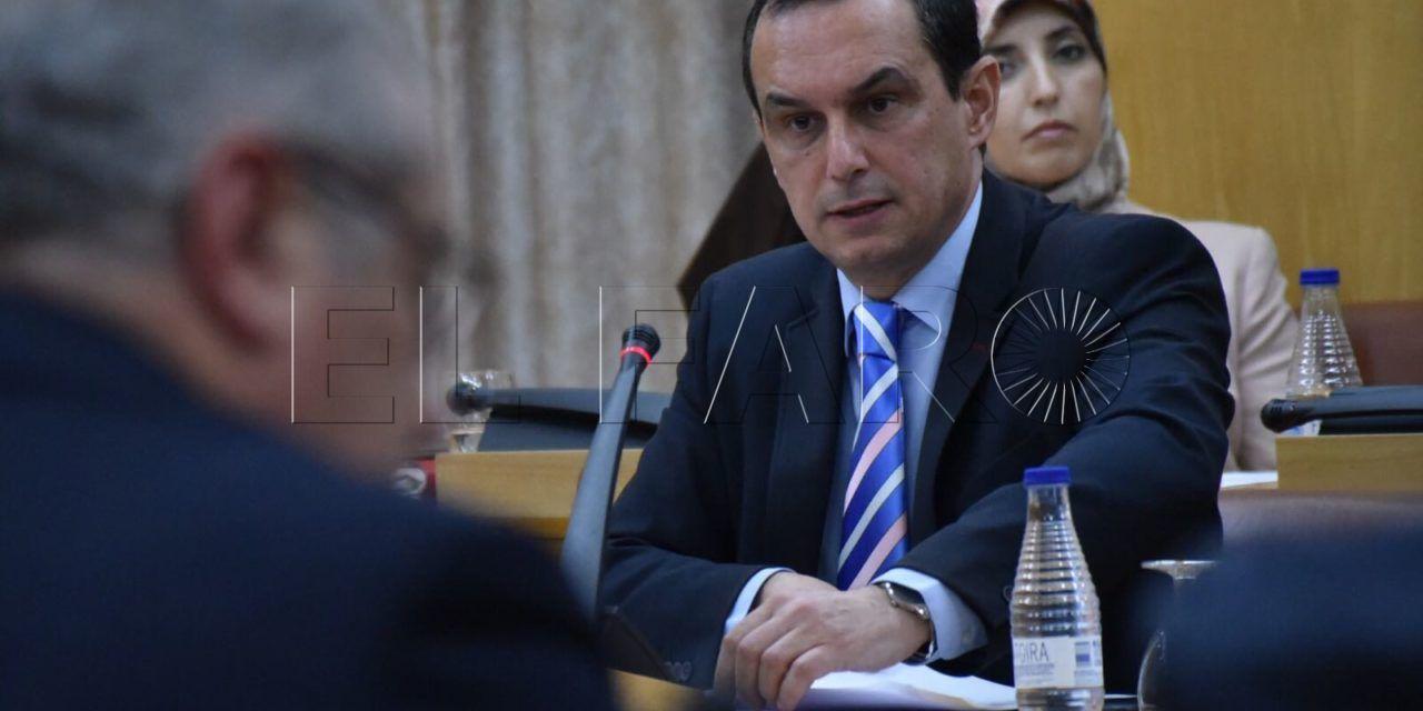 """El PSOE cree que la adenda genera """"inseguridad jurídica"""""""