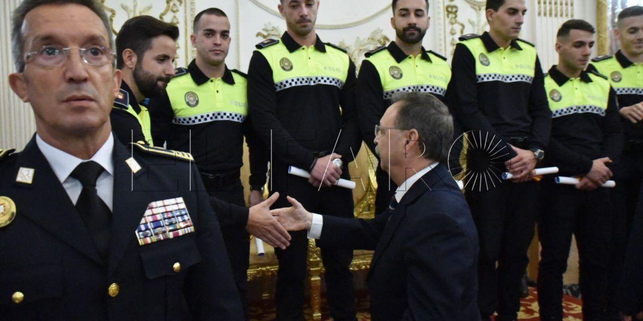 La Policía Local espera tener a los nuevos 15 agentes en septiembre