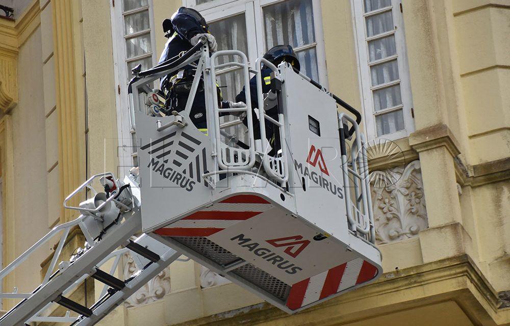 Bomberos actúa en Sargento Coriat ante posibles desprendimientos