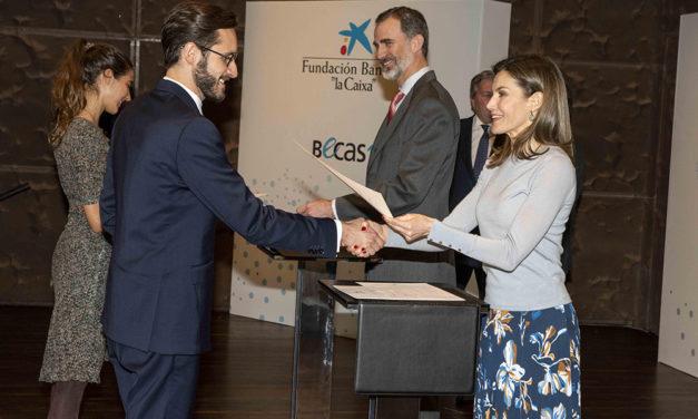 120 estudiantes españoles reciben una beca de la Caixa para cursar estudios de posgrado en el extranjero
