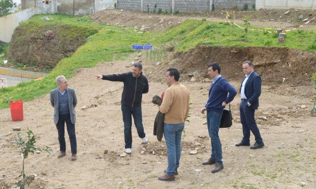 Celaya comprueba el estado del 'Ortega y Gasset'
