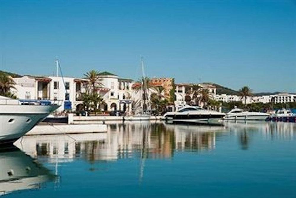 """La pesadilla de una familia de Ceuta en Marruecos: """"La democracia es para los ricos"""""""