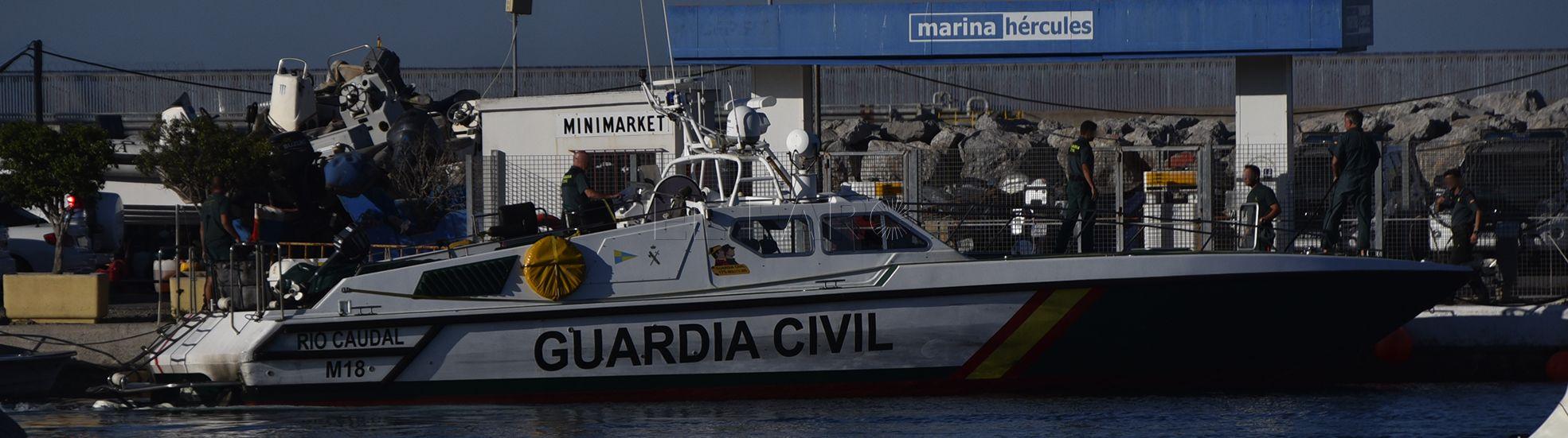 guardia-civil-puerto-narcolancha