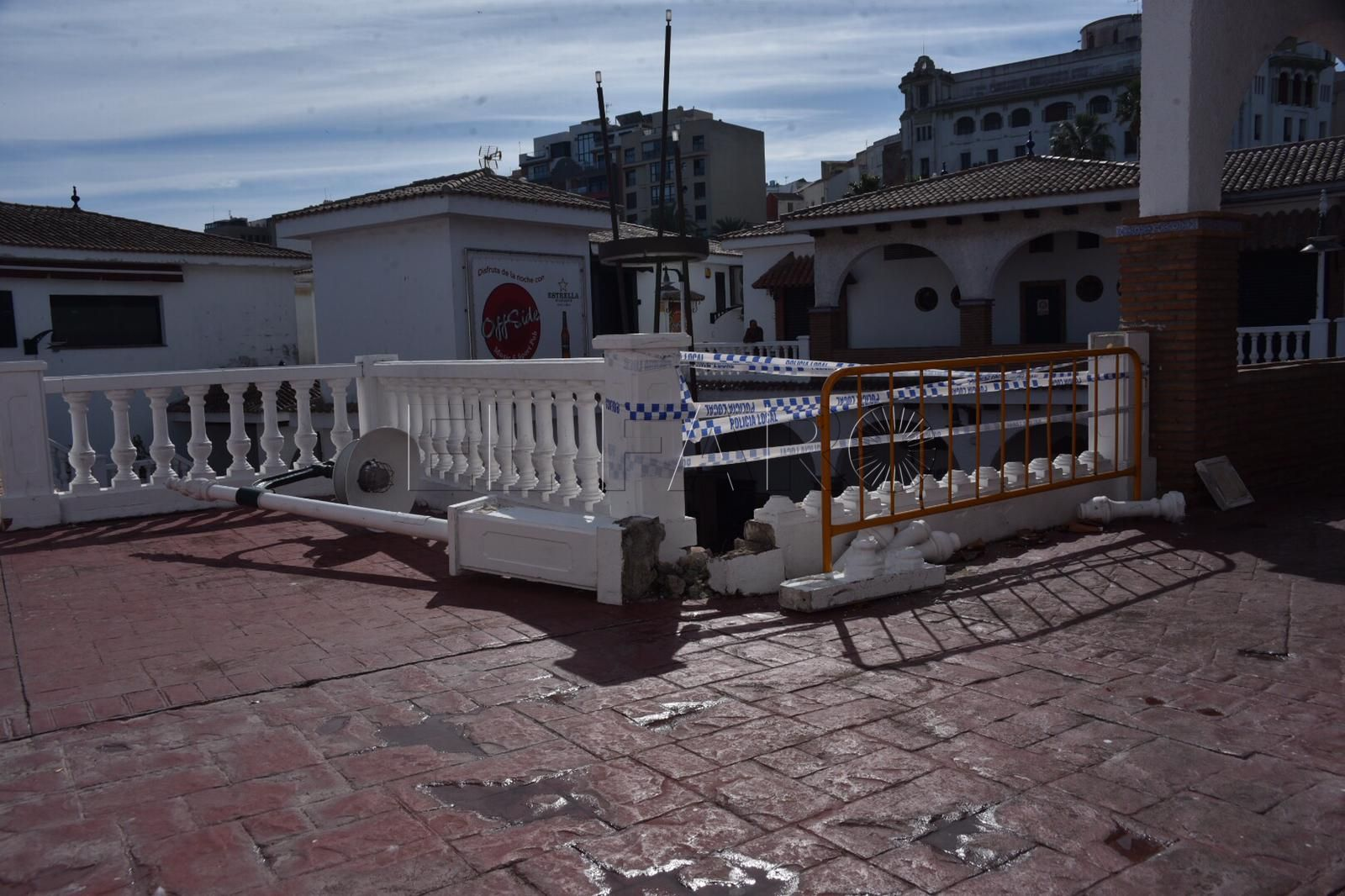 balaustrada-rota-poblado-marinero-9