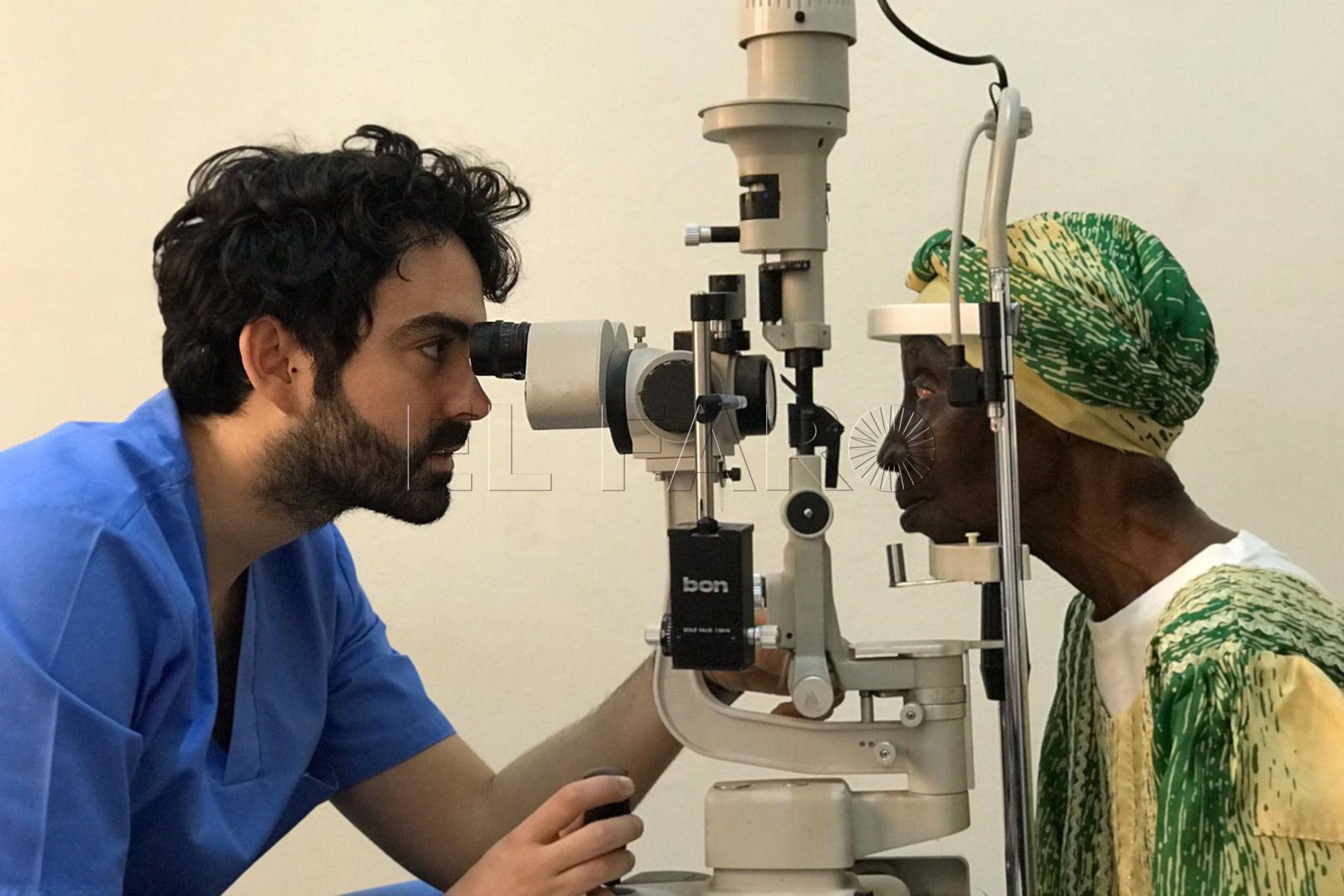 oftalmólogo-Carlos-Rocha-2