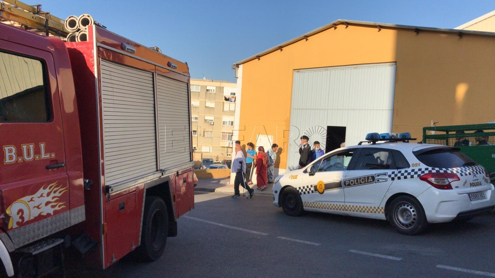 bomberos-policia-local-pabellon-libertad
