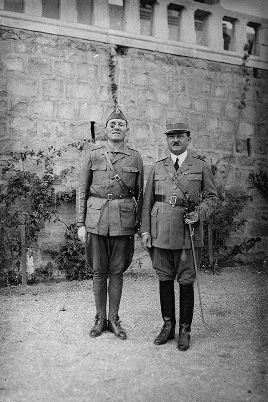 El Cuartel de Dar Riffien recibía numerosas visitas, incluso de militares extranjeros